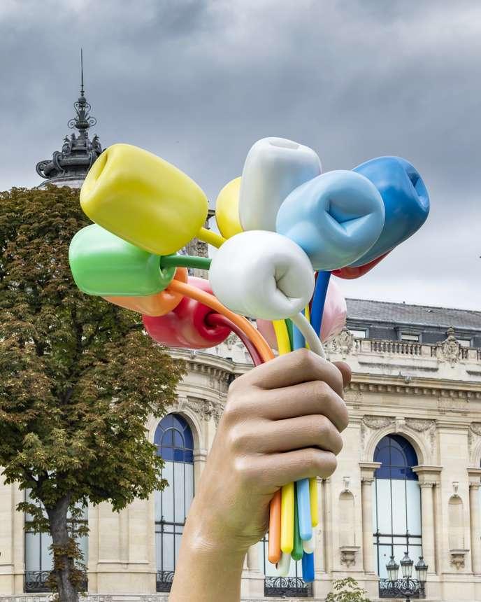 Jeff Koons BOUQUET OF TULIPS installé à Paris